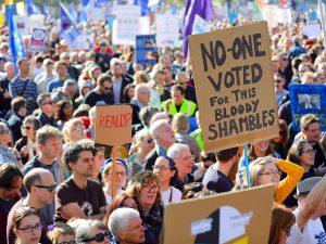 brexit-crowds